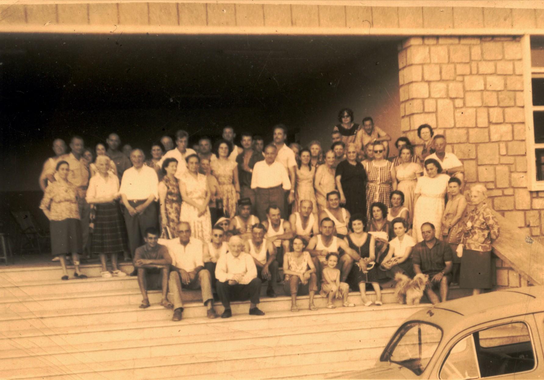 Noviciens réfugiés à l'école des EOR de Cherchell en août 1962